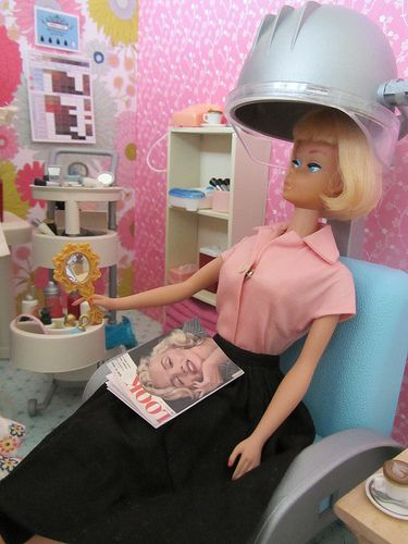 I just love Marilyn's style, however she has got to stop copying me! Barbie salon chair - fancy life