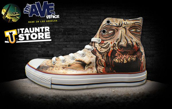 Things to do During the Zombpocalypse: Roundhouse kick a zombie in the head while wearing Walking Dead Chuck Taylors.: Chuck Taylors, Ave Venice, Walks Undead, Shoes Thewalkingdead, Walks Dead, Awesome Shoes, Cool Shoes, Dead Chuck, Dead Conver