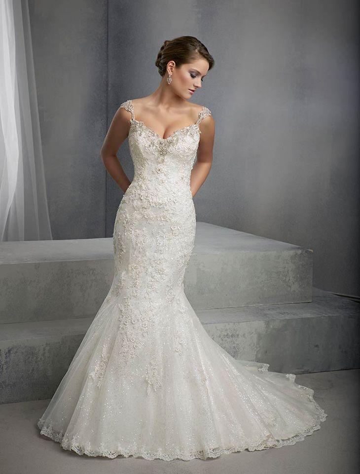 abito sposa sirena, con scollo e perline
