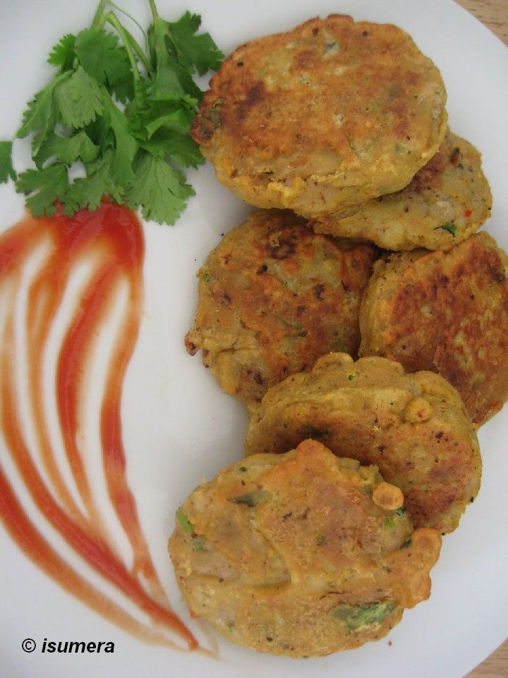 Pakistani Food Recipes: Potato Patties (Aloo ki tikyan)