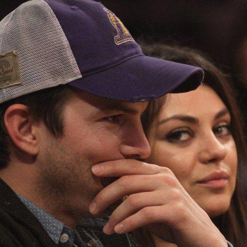 #AshtonKutcher e #MilaKunis: #matrimonio segreto? #gossip #star