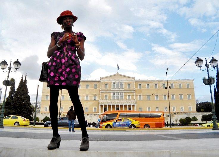 Shooting Naomi in Athens - Sadinoel™