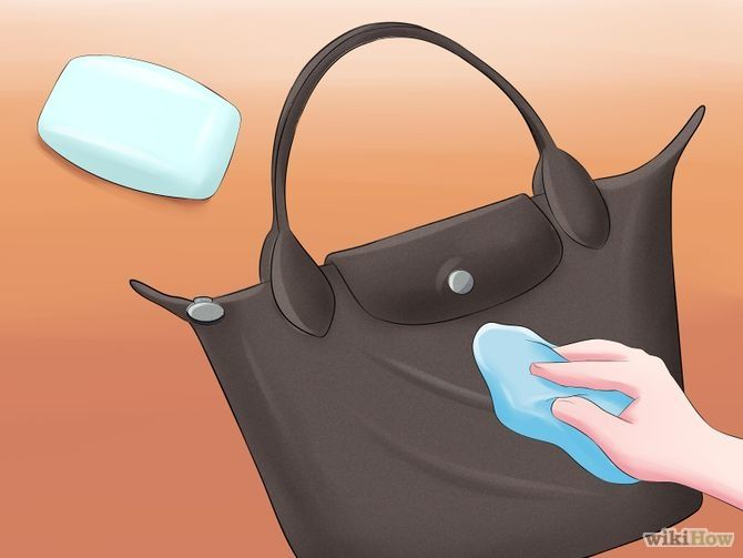 Wash a Longchamp Bag. Official method and alternatives via wikiHow.com