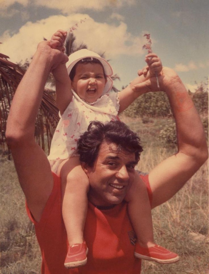 Dharmendra with daughter Esha Deol #Bollywood