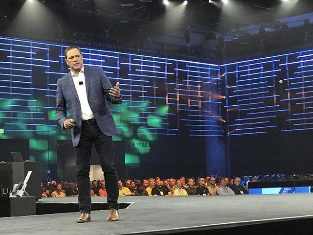 Cisco Live 2019: CEO Chuck Robbins pushes multi-cloud
