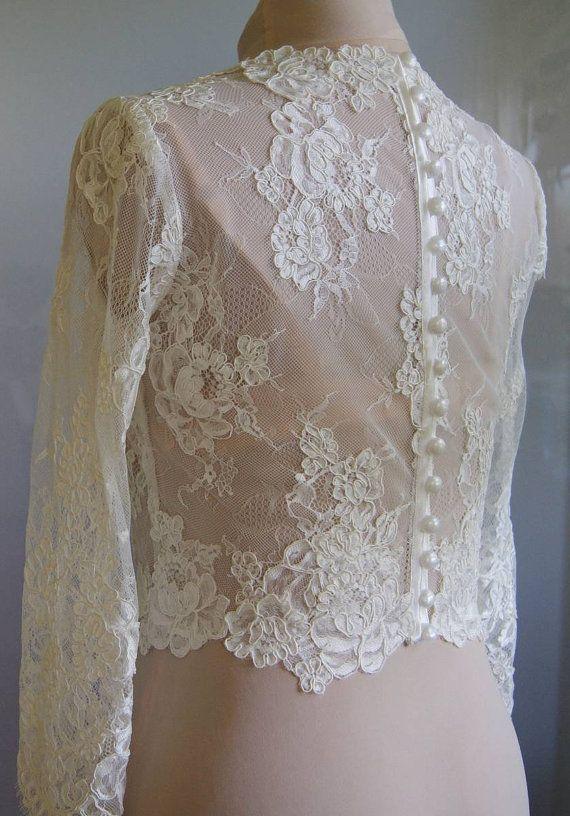 Mooie bruiloft bolero.  Kleur: 1. wit 2. ivoor  Bolero van kant gemaakt. Kant is hand-cut. Bolero voor een volledige, vastgemaakt aan de achterkant.
