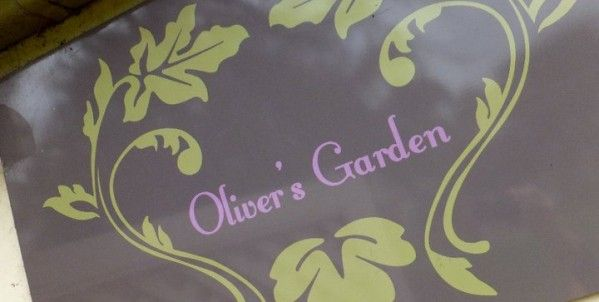Oliver's Garden Cafe at Queen's Park | Melbourne