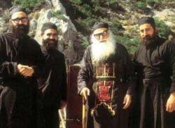 H δύναμη της ευχής Κύριε Ιησού Χριστέ ελέησόν με - Pentapostagma.gr : Pentapostagma.gr