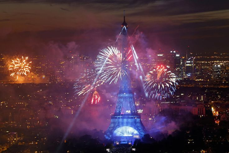 Paris feu artifice 19