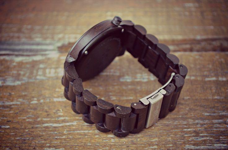Woowa wooden watch - detail of ebony strap.
