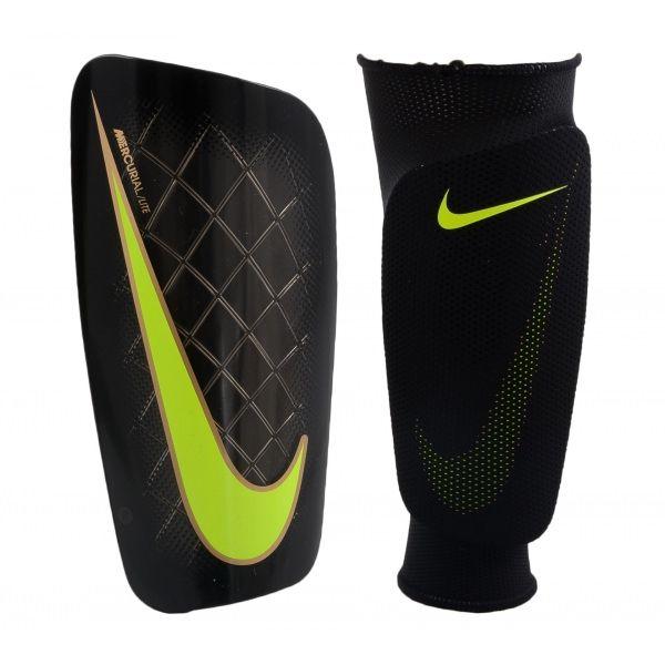 #Espinillera #fútbol, #Nike mercurial lite.  #Entrenamiento #Futbol #Ejercicio #Deporte #Ligereza #Comodidad