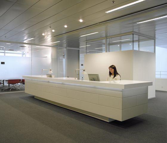 Reception desk by Designoffice | Entrance: Reception desks | Reception / Entrance area