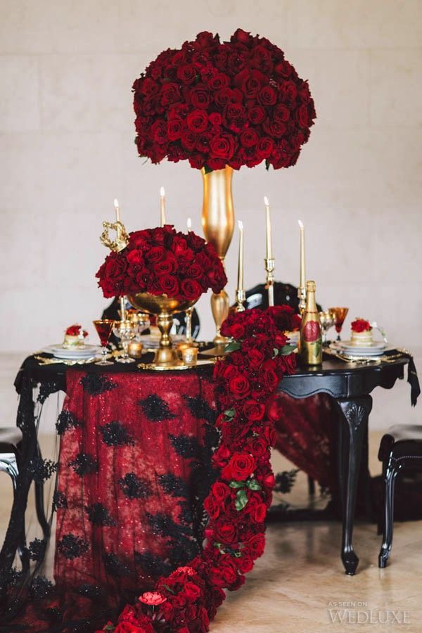 pin von belle the magazine auf valentines day ideas pinterest tischdecken dunkel und rot. Black Bedroom Furniture Sets. Home Design Ideas