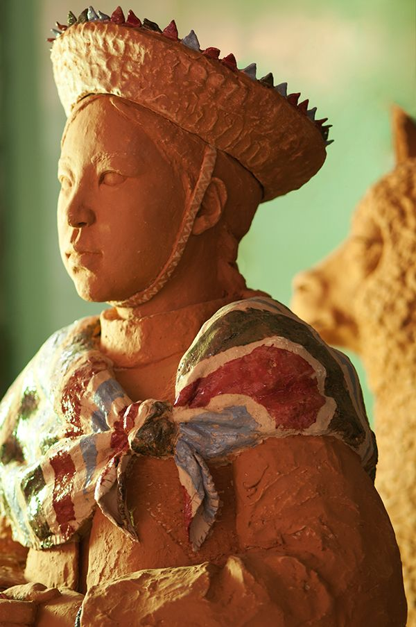Andes (2014), 47.5×42.1×123.5cm  Onggi Clay, Terra Sigillata, Terracotta Hand-building