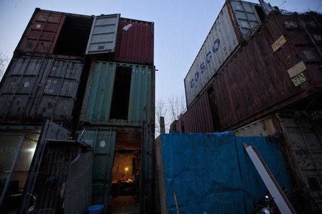 Foto Rumah kontainer warga miskin Shanghai | Gambar Rumah kontainer warga miskin Shanghai - Yahoo! News Indonesia