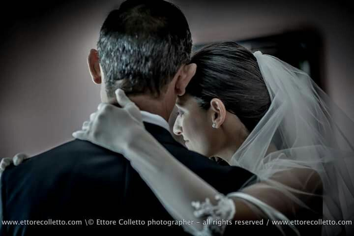 Braide and her dad... absolutely love By Ettore Colletto wedding photographer in Sicily