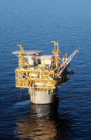 Medusa Truss Spar (GOM) | Off Shore | Drilling rig, Oil ...