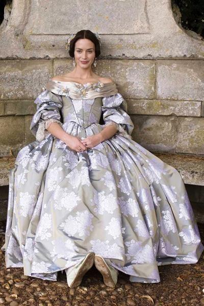 История костюма королева виктория