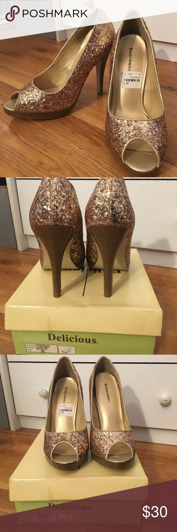 NWT Gold Open Toe Heels NWT brand new, never worn still in box open toed heels! Only imperfection is that the inside of the shoe (the sole) is peeling up as pictured. Offers accepted delicious Shoes Heels