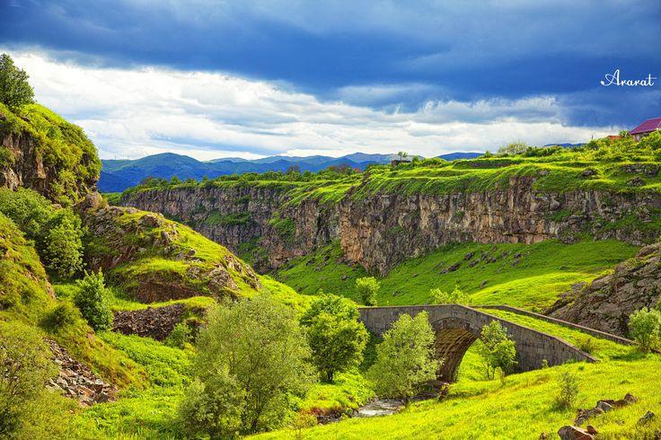 Green, mountain, bridge