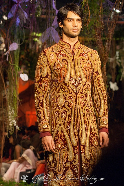 Embroidery on this is amazing!   Aamby Valley India #Bridal Fashion Week 2012 | Tarun Tahiliani