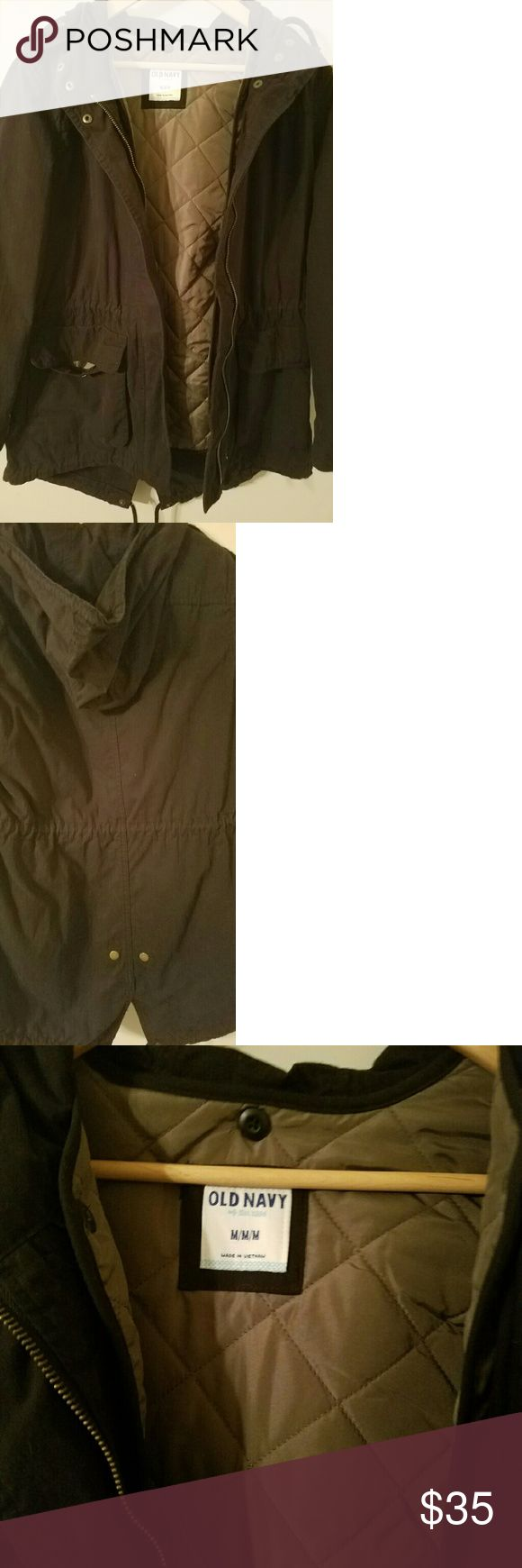 Old Navy hooded parka medium Black Old Navy parka. Olive green quilting on the inside Old Navy Jackets & Coats Trench Coats