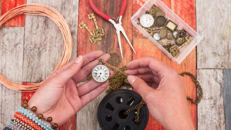 Materiál a pomůcky pro domácí a rukodělnou tvorbu