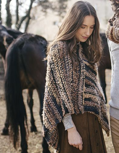 Book Beginners 5 Autumn / Winter | 16: Woman Poncho | Camel
