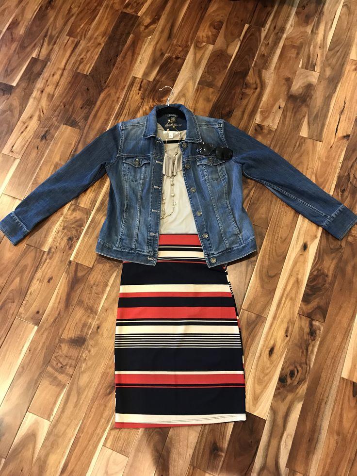 Agnes & Dora pencil skirt   #agneanddora #pencilskirt #stripes #pencil #workwear #ootd