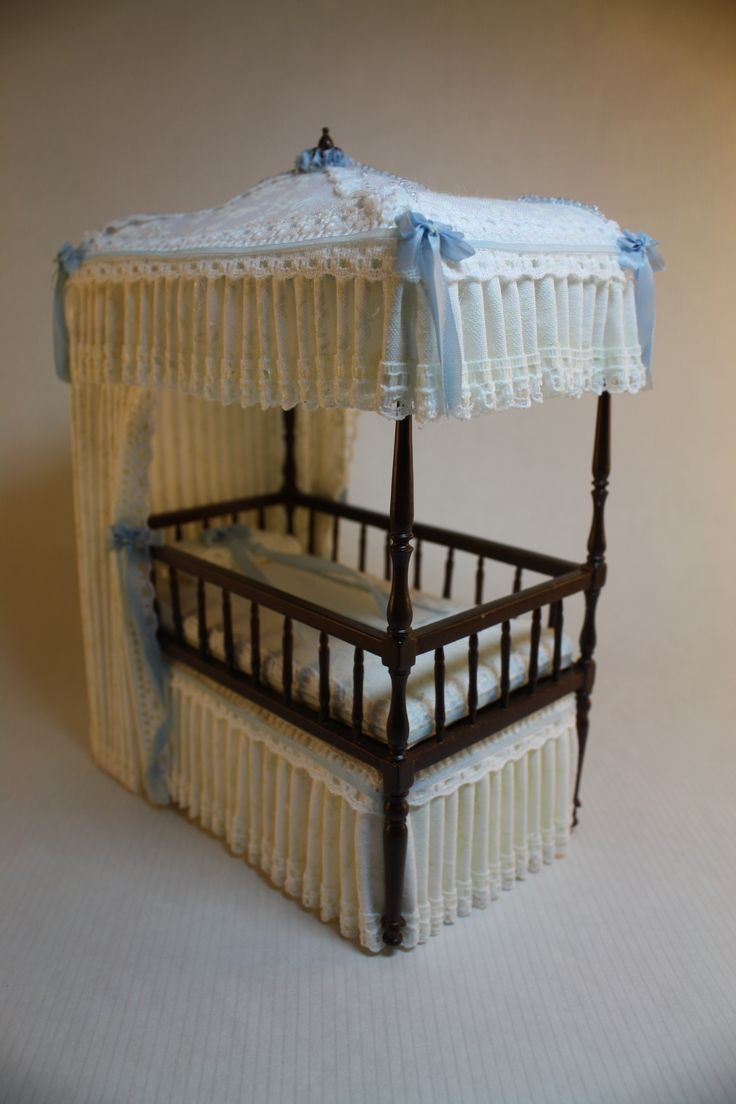 Dollhouse Miniature Dressed Bespaq Canopy Bed Amp Matching