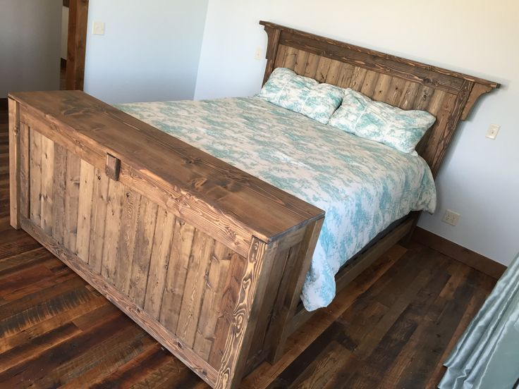 Tuck Your Tv Away With The Push Of A On When You Re Ready To Sleep Gracie Furniture Original Designed Rustic Bed And Lift Cabinet Footboard