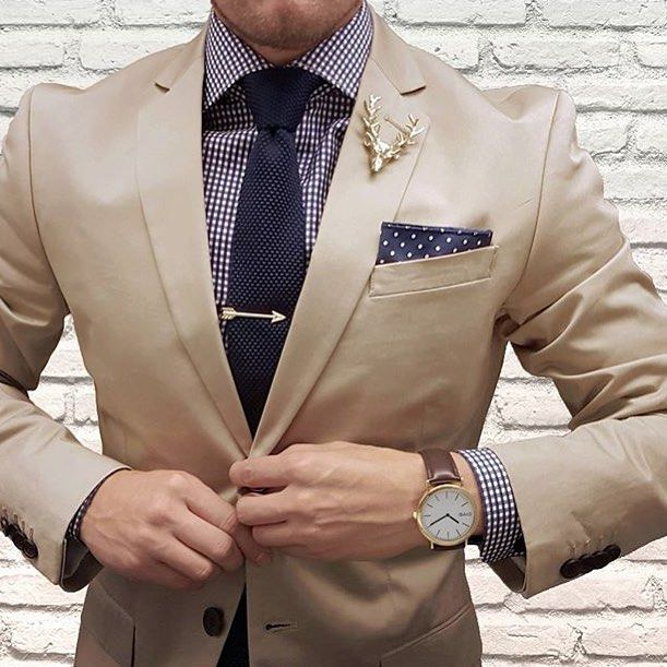 The Golden Age ($15) Gold Deer Lapel Pin ($14) Gold Arrow Tie Bar ($15) Knit Ties Styled by @thedapperjuan - Spend $60 - get 25% off!! Use Code: HBA60 for 25% Off when spending $60 or more... Harrison Blake Apparel www.harrisonblakeapparel.com Join Our Monthly Club Get 5 accessories for $25/month- - Free Shipping - Cancel Anytime - Subscribe Today www.harrisonblakeapparel.com