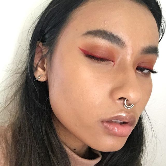this red eyeliner ⁉️