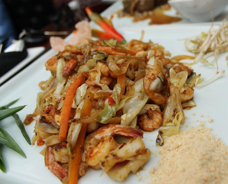 Pad Thai de camarão e lula do Tomyam. Pimenta nível 3. NÍVEL 3.