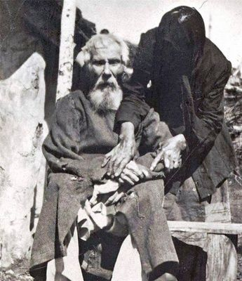 The veteran of 117 years, who survived the Napoleonic Wars (1912)
