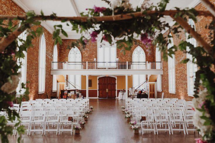 Downtown Portland Oregon Brick Wedding Venue Portland Oregon Wedding Venue Brick Wedding Venue Wedding Venues Oregon