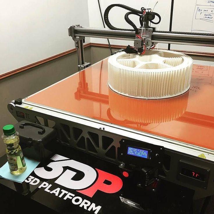 Something we liked from Instagram! Büyük boy 3D baskı araba jantı! 3D Platform ile büyük parçaların prototipi çok kolay... Fiyatlar için profildeki linke tıklayınız. #3dplatform #3dp1000 #3dprinter #3dyazıcı #3boyutluyazıcı #araba #otomotiv #jant #3dprinting #3dprint #prototip #büyükboybaskı #3dbaskı #3d #moda #sanat #havacılık #sanayi #teknoloji #inovasyon #technology #tech #innovation #rim #carrim #car by master.3d check us out: http://bit.ly/1KyLetq