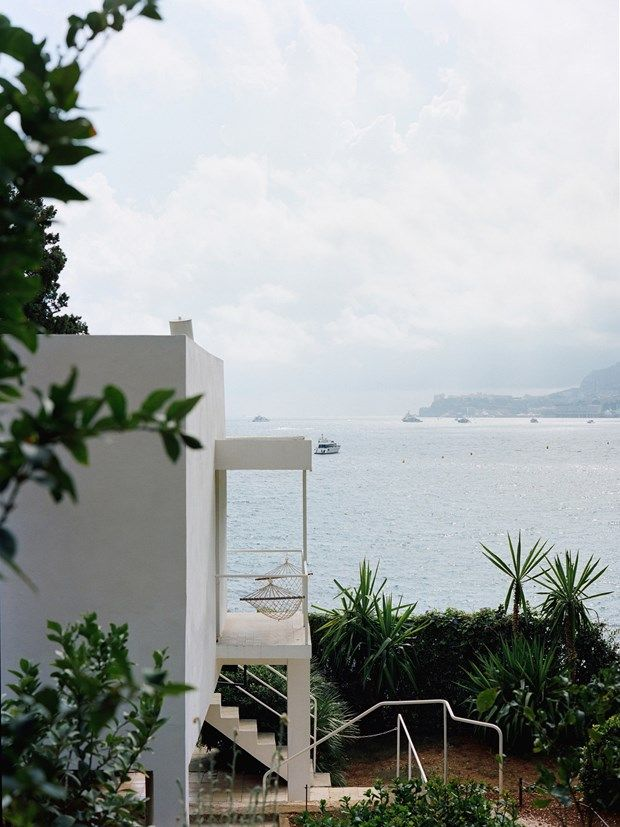 Eileen Gray, E1027 - seaside villa - coté d'Azur                                                                                                                                                      More