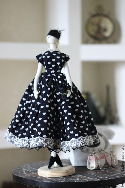 Купить Текстильная кукла Классика - интерьерная кукла, кукла в стиле тряпиенс…