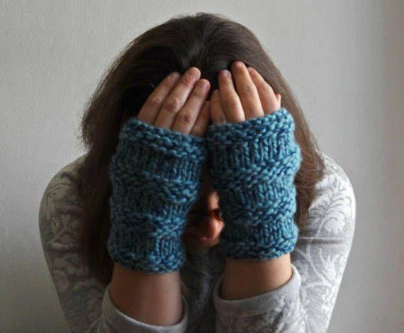 OFERTA: ANINA Guantes sin dedos, calentadores manos, mitones, manoplas, manguitos voluminosos, gruesos / hand knitted mitts, fingerless mittens gloves, bulky chunky