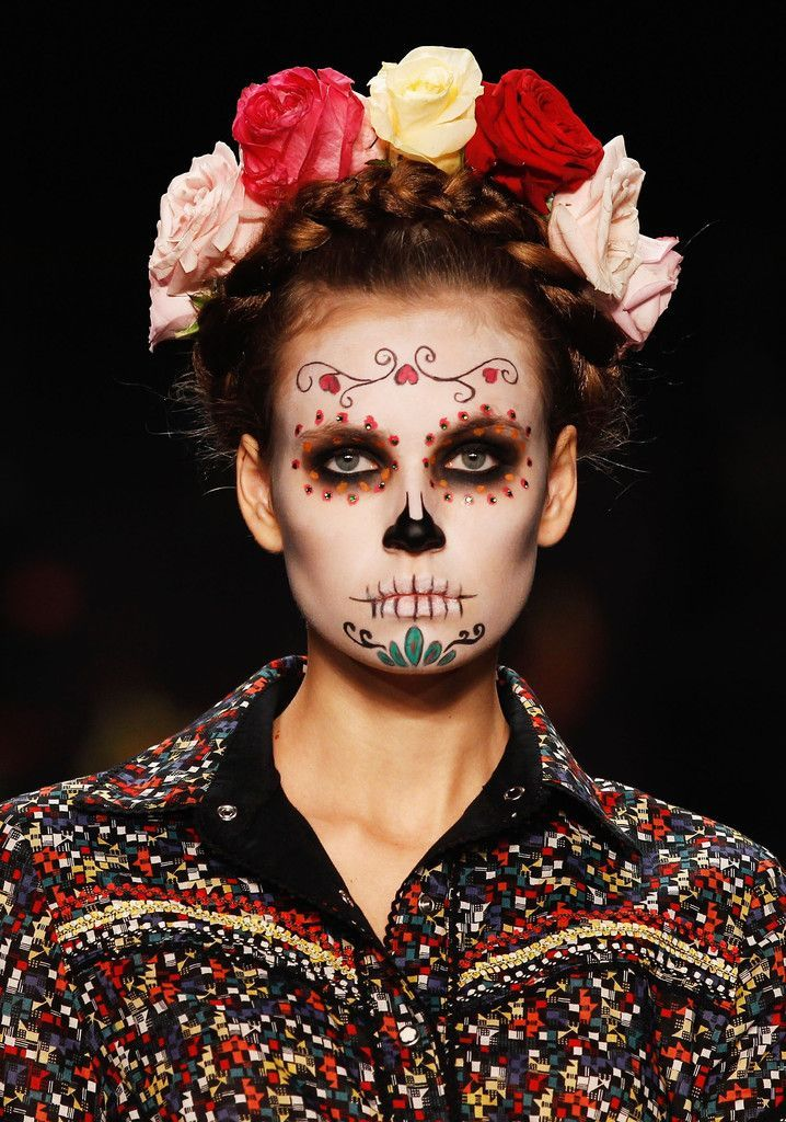 32 migliori immagini day of the dead party ideas su for Teschi messicani femminili