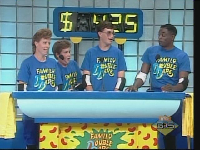Family Double Dare on Nickelodeon i LOVED double dare!!!!