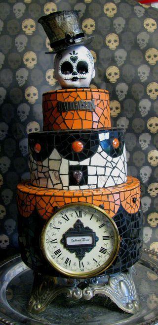 Creepy Halloween cake