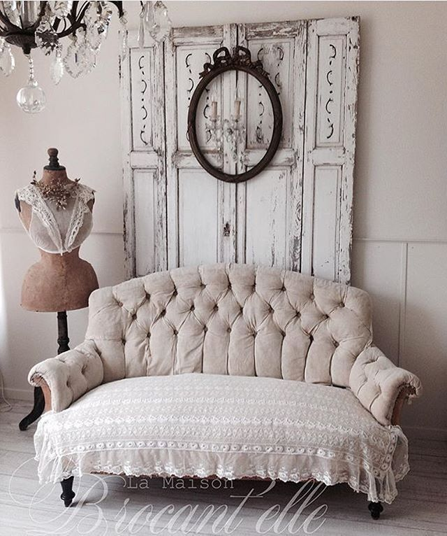 Tufted Shabby Chic Sofa - Shabby Chic Sofas - via Visualize Us