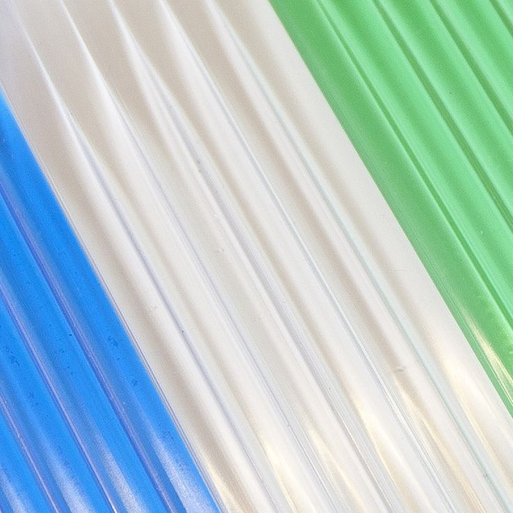 Cortina exterior de cinta antimoscas 6 cañas en colores transparentes  #cortinas #cortinascinta #cintasexteriores #cortinasantimoscas #cortinasbaratas #cortinaspvc