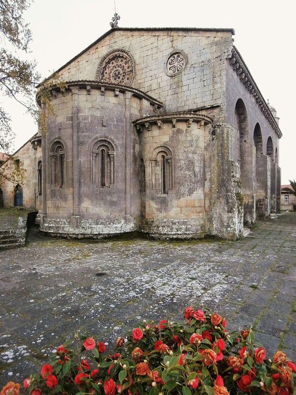1000 Lugares En Galicia Iglesia Románica De Santa Mariña De Augas Santas Iglesia Románica Santa Marina Arquitectura Romana