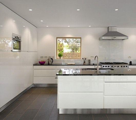 Gray tile floor w stainless trimBest 25  Gray tile floors ideas on Pinterest   Wood like tile  . Modern Grey Tile Floor. Home Design Ideas