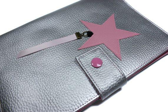 housse carnet de santé en imitation cuir et tissu fille modèle étoile personnalisable