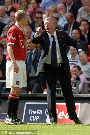 Darren Fletcher with Sir Alex Ferguson in the 2007 FA Cup final.