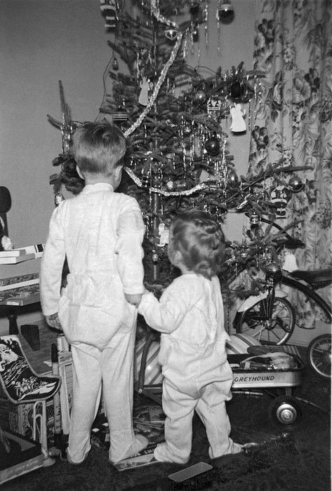 Vintage Holiday: Scoping out the Christmas tree. c 1949